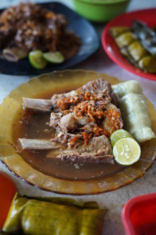 Foto 1 - Makanan di Sop Konro Karebosi oleh @Sibungbung