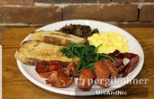 Foto 1 - Makanan di Two Hands Full oleh UrsAndNic