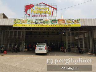 Foto 13 - Eksterior di Waroeng Kampoeng Seafood & Ropang oleh Asiong Lie @makanajadah