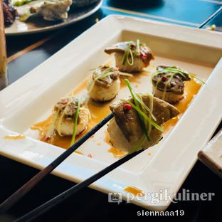Foto 12 - Makanan(Foie Gras and Yaki Onigiri Steak) di Enmaru oleh Sienna Paramitha