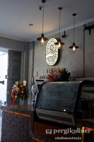 Foto 12 - Interior di Tempt Coffee Roaster oleh Shella Anastasia