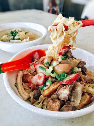 Foto 1 - Makanan di Bakmi Daging Sapi & Babat 69 oleh Astrid Huang | @biteandbrew
