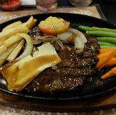 Foto tenderloin steak di Steak Hut