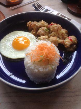 Foto 5 - Makanan(Chicken Salted Egg) di Raindear Coffee & Kitchen oleh Pria Lemak Jenuh