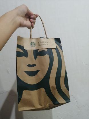 Foto - Makanan di Starbucks Coffee oleh ayam goreng