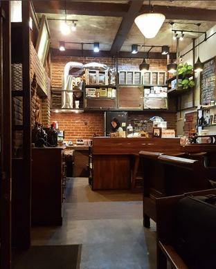 Foto 5 - Interior(bar) di Gudang Lawas oleh Fresilia Vebriani
