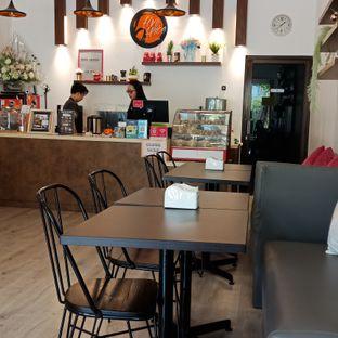 Foto 4 - Interior di Five Spice Eatery and Coffee oleh Fensi Safan