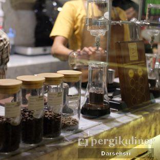 Foto 4 - Interior di Mokapot Coffee Talk oleh Darsehsri Handayani