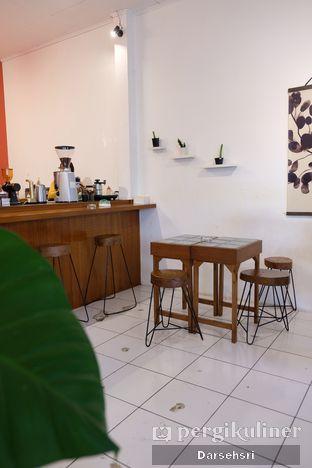 Foto 6 - Interior di Seanan Coffee oleh Darsehsri Handayani