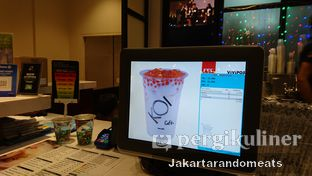 Foto 3 - Interior di KOI The oleh Jakartarandomeats