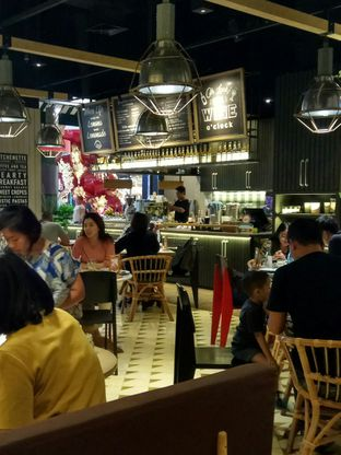 Foto 4 - Interior di Kitchenette oleh YSfoodspottings