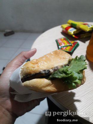 Foto 2 - Makanan di Carl's Jr. oleh @foodiaryme | Khey & Farhan