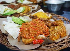 10 Tempat Makan Enak di Tanjung Duren sebagai Alternatif yang Bosan Makan di Mall