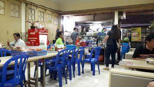 Foto 7 - Interior di Mie Lezat Khas Bandung (Gang Luna) oleh Eat Drink Enjoy