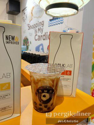 Foto 1 - Makanan(Brown Sugar Boba Milk (Almond Milk)) di Hei Mi Mi oleh JC Wen