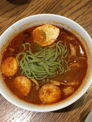 Foto 5 - Makanan(mie tom yum udang) di Din Tai Fung Chef's Table oleh Jeljel
