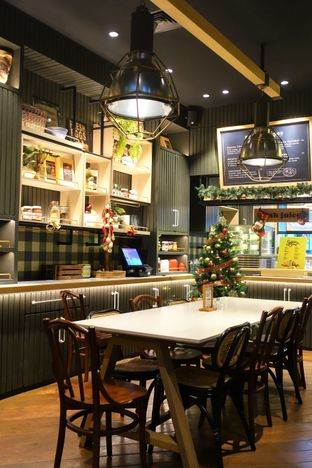 Foto 7 - Interior di Kitchenette oleh inggie @makandll