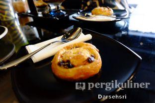 Foto 7 - Makanan di Young & Rise Coffee oleh Darsehsri Handayani