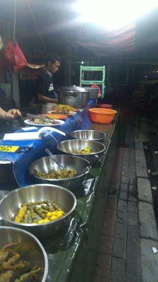 Foto 1 - Makanan di Nasi Uduk Kota Intan (Aweng) oleh Joshua Theo