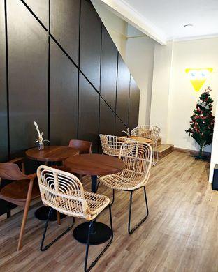 Foto 3 - Interior di Dimata Coffee and Eatery oleh ruth audrey