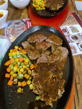 Foto review H&M Japan Steak oleh vio kal 2