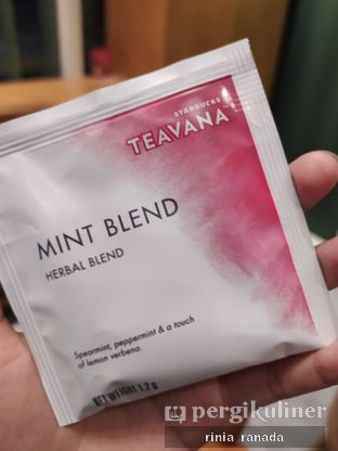 Foto review Starbucks Coffee oleh Rinia Ranada 3