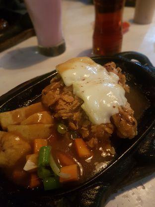 Foto 2 - Makanan di Kampoeng Steak oleh El Yudith
