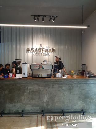 Foto 3 - Interior di Mr. Roastman oleh Selfi Tan