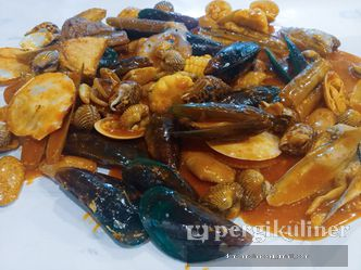 Foto Makanan di Bandar Kerang Kiloan