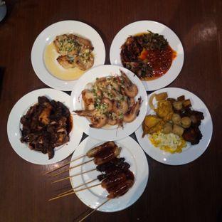 Foto 1 - Makanan di Oopen Restaurant - Ibis Bandung Trans Studio Hotel oleh Chris Chan