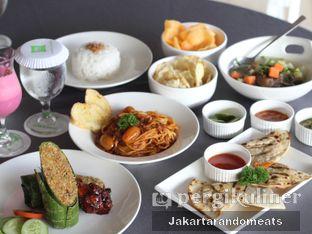 Foto 1 - Makanan di sTREATs Restaurant - Ibis Styles Sunter oleh Jakartarandomeats