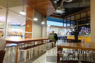 Foto 9 - Interior di Mokka Coffee Cabana oleh Darsehsri Handayani