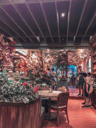 Foto 3 - Interior di The Garden oleh vionna novani