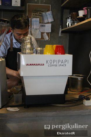 Foto 6 - Interior di Kopipapi Coffee oleh Eka M. Lestari