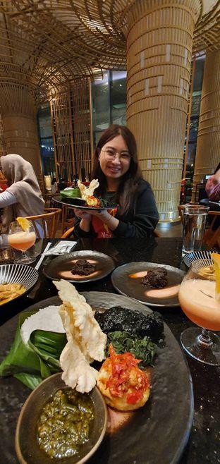Foto 10 - Interior di Mandeh Restoran Padang - Hotel JHL Solitaire oleh Yohanacandra (@kulinerkapandiet)