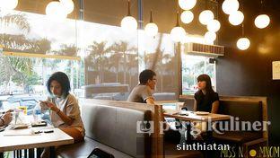 Foto 1 - Interior di Shirayuki Desserts oleh Miss NomNom