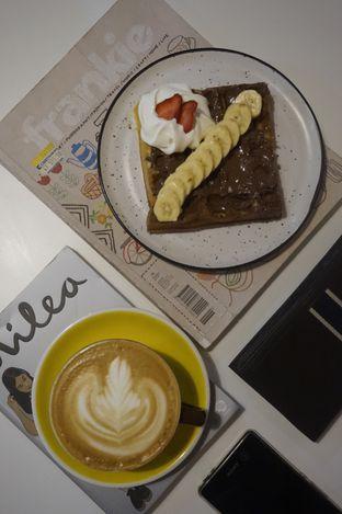 Foto 14 - Makanan di BROWNFOX Waffle & Coffee oleh yudistira ishak abrar