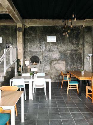 Foto 22 - Interior di Monty's Kitchen & Coffee oleh yudistira ishak abrar