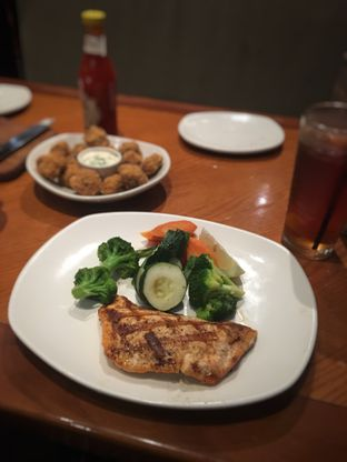Foto 2 - Makanan di Outback Steakhouse oleh Bread and Butter