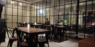 Foto 1 - Interior di D' Oeleg Indonesian Resto & Cafe oleh Joshua Michael