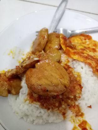 Foto 3 - Makanan di Warteg Gang Mangga oleh @duorakuss