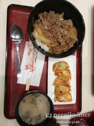 Foto 1 - Makanan di Sukiya oleh cynthia lim