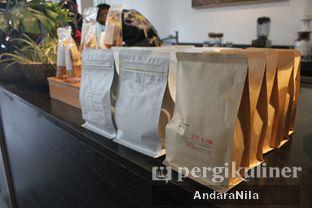 Foto 8 - Interior di 1/15 One Fifteenth Coffee oleh AndaraNila