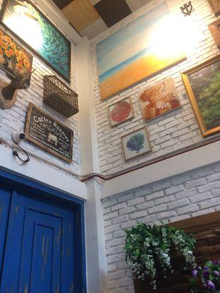 Foto 3 - Interior di Giyanti Coffee Roastery oleh Aghni Ulma Saudi