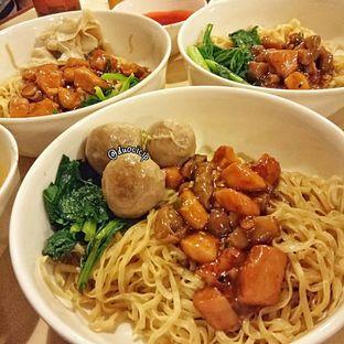 Foto 1 - Makanan di Bakmi GM oleh duocicip