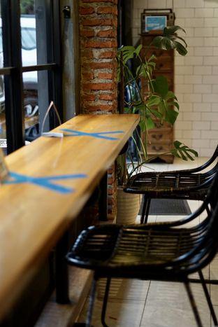 Foto 11 - Interior di Chief Coffee oleh Riani Rin