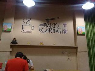 Foto 1 - Interior di Vegetarian Bakmie Garing H-P (Hot Pedas) oleh Kaleejah