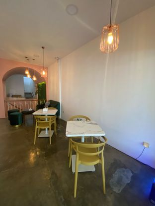 Foto 2 - Interior di Deja Coffee & Pastry oleh Levina JV (IG : levina_eat )