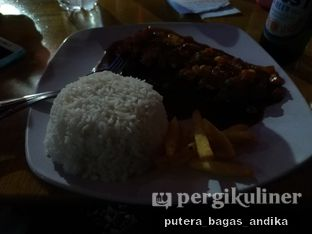 Foto review Kitchens - Tambuhak Food & Beverage Garden oleh Putera Bagas Andika 1