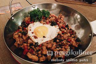 Foto 1 - Makanan(Chicken Basil) di Clique Kitchen & Bar oleh Melody Utomo Putri